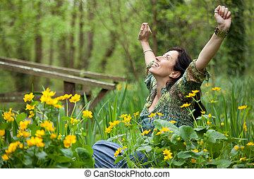 kvinna, in, blomningen