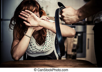 kvinna, in, rädsla, av, inrikes våld