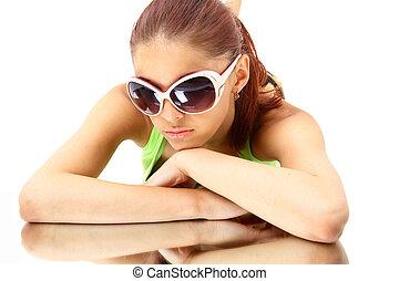 kvinna, in, sol, glasses., mode, stående