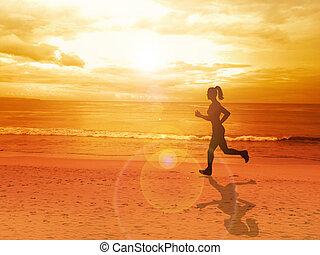 kvinna, joggning, allena, hos, vacker, solnedgång, in, den, strand