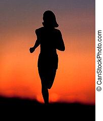 kvinna, joggning, hos, solnedgång
