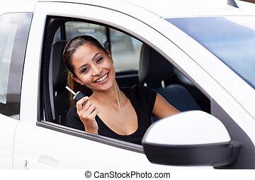 kvinna, just, bil, ung, färsk, köpt, lycklig