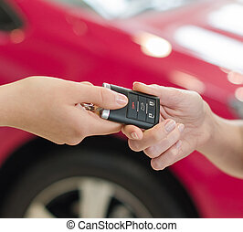 kvinna lämna, fik, nymodig, bil facit, på, röd bil, bakgrund