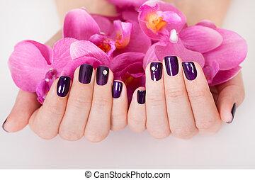 kvinna, med, beautifully, manikyrera, fingernagel