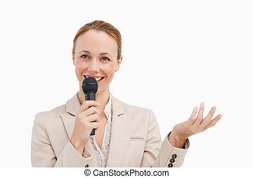 kvinna, nätt, mikrofon, passa, talande