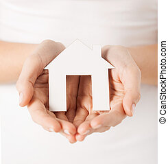 kvinna, räcker, pappers- gårdsbruksenhet, hus