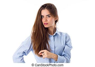 kvinna, rörande, henne, långt hår