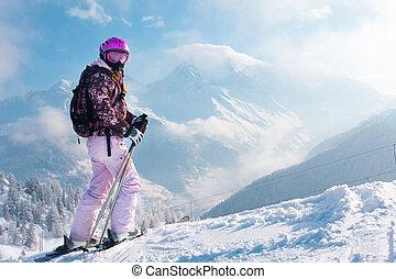 kvinna, skiier., alperna