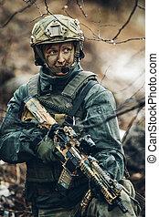 kvinna, soldat, medlem, av, skogvaktare, grupp