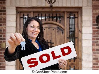 kvinna, stämm, hispanic, hus, underteckna, såld, holdingen, främre del