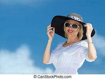 kvinna, strand, ung, lycklig