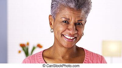 kvinna, svart, skratta, mogna