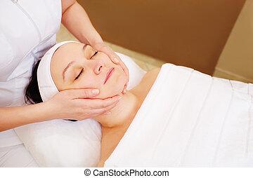 kvinna, tagande, ansiktsbehandling, kurer, hos, skönhet...