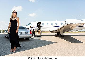 kvinna, terminal, elegant, flygplats, rik, klänning