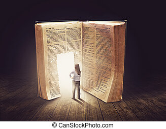 kvinna tittande, hos, stort, bok