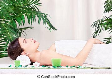 kvinna, väntan, för, massera, in, salon