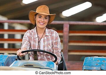 kvinnlig, drivande, traktor, bonde