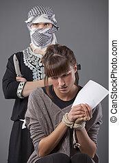 kvinnlig, gisslan, och, terrorist