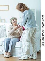 kvinnlig, pensionären, och, henne, carer