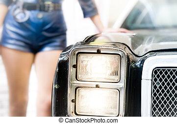 kvinnlig polis, benägenhet på, den, gammal, polis, bil.