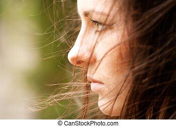 kvinnlig, portrait., a, bit, av, bedrövelse, in, den, ram