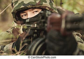 kvinnlig, soldat, in, den, slagfält