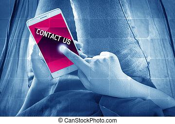 kvinnor, smartphone, användande