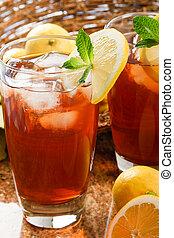 kylig, uppfriskande, iskylt te