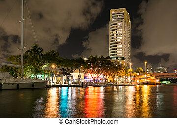 lábfej, florida, usa, belvárosi, lauderdale, új, folyó, éjszaka