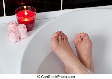 lábfej, közelkép, nő, fürdőkád