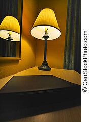 lámpa, szálloda szoba