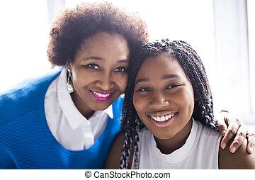 lány, afrikai, anya, amerikai, portré, becsuk