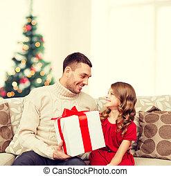 lány, atya, látszó, más, mindegyik, mosolygós