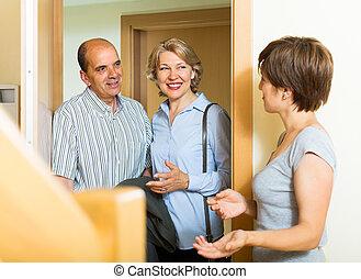 lány, család, látogató, párosít, öregedő, boldog