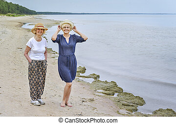 lány, tenger, jár, felnőtt, anyu, boldog