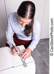 lápis, régua, caderno, profissional feminino, desenho