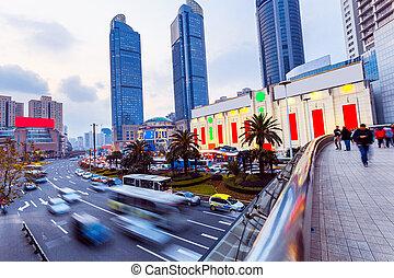 láthatár, és, elfoglalt, forgalom, nyomoz, alatt, modern, város utca