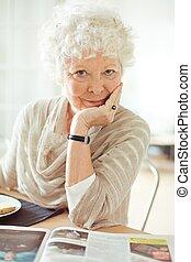 látszó, ön, nő, idősebb ember, boldog