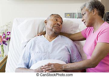 látszó, súlyos, kórház, párosít, idősebb ember