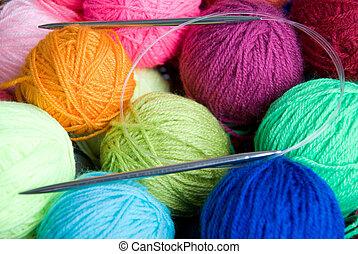 lã, tricotando