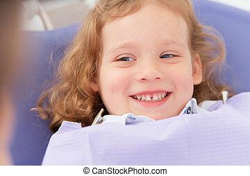 lächeln, zahnarzt, m�dchen