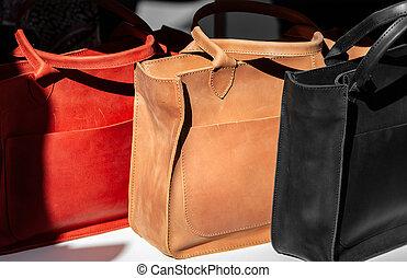 läder, tre, handväskor, kvinnor