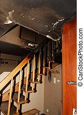 lägenhet, bränt