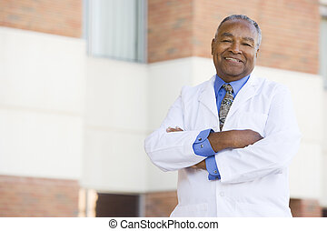 läkare, stående, utanför, a, sjukhus