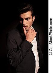 lèvre, mode, doigt, provocateur, homme, pose