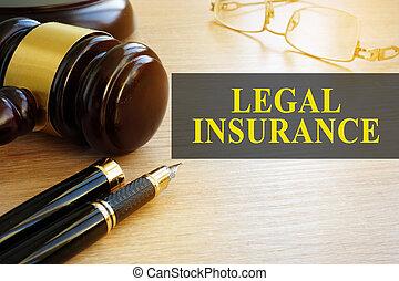 légal, assurance, concept., gavel bois, sur, a, table.