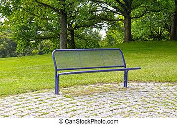 léto, park lavice