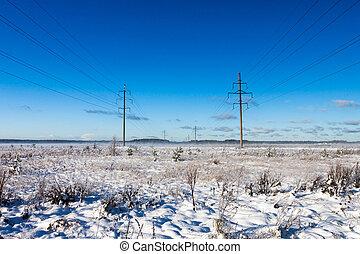 líneas de alimentación, en, invierno, campo nieve