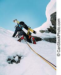 lód, climbing:, alpinista, na, niejaki, mieszany, marszruta, od, śnieg, i, skała, duri