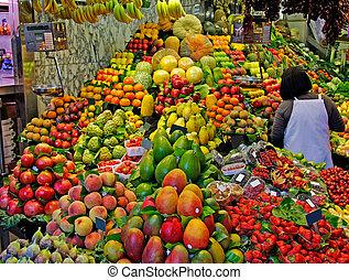 la, boqueria, fruits., värld, berömd, barcelona, marknaden, spain., selektiv, fokus.